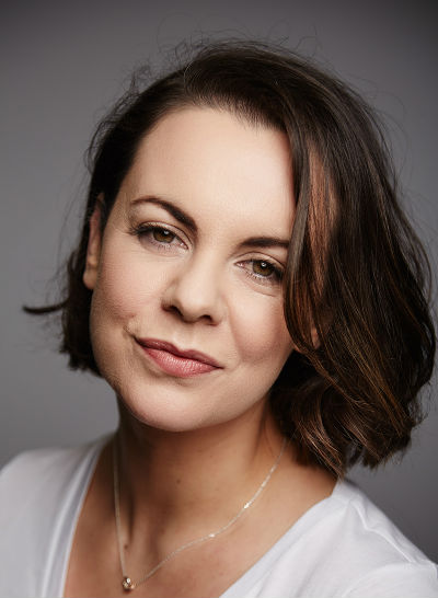 Photo of voiceover artist Hilary Rose