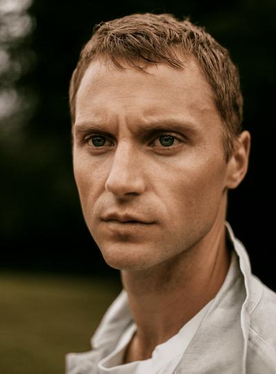 Photo of voiceover artist Desmond Eastwood