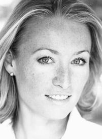 Photo of voiceover artist Victoria Smurfit