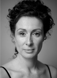 Photo of voiceover artist Catriona Ni Mhurchu
