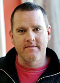 Photo of voiceover artist Mikel Murfi