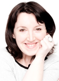 Photo of voiceover artist Eleanor Tiernan